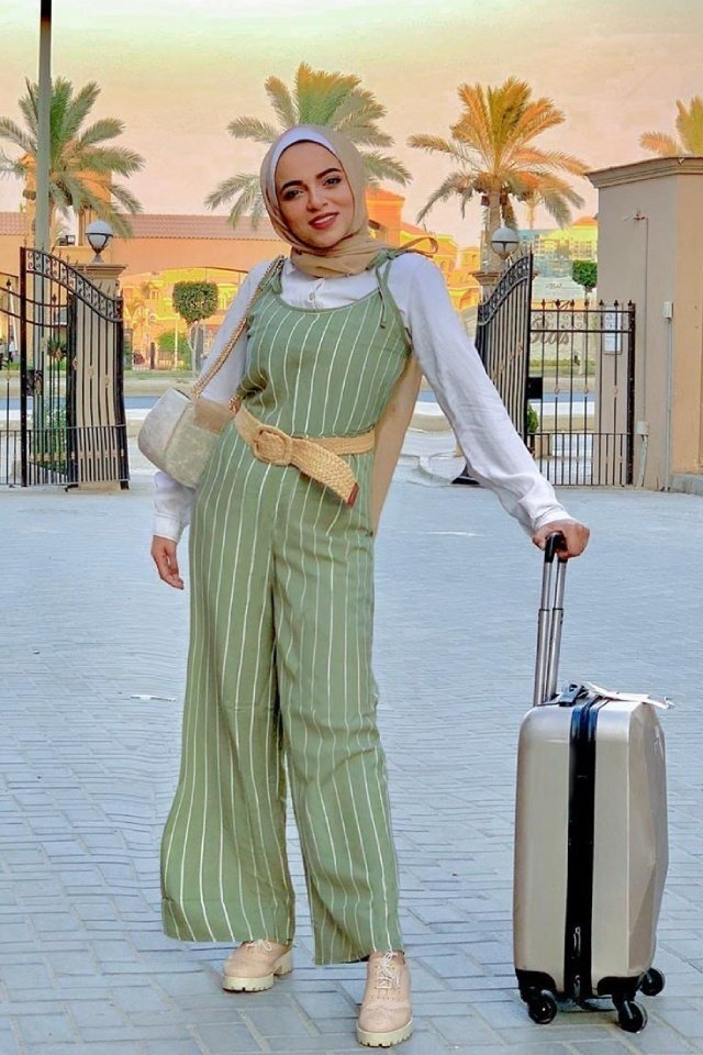 large_jumpsuit-for-hijab-style-fustany-ar-6.jpg