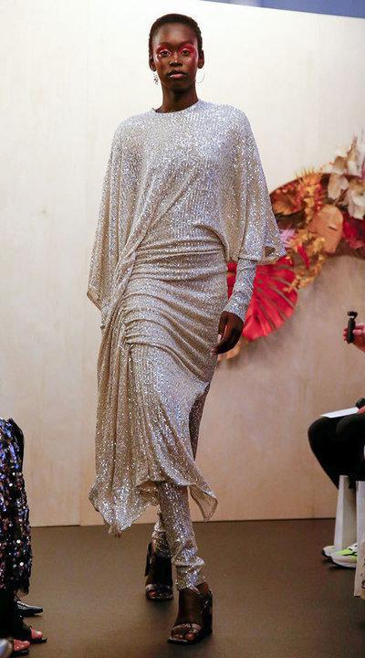 gallery_slider_2_thumb_Fustany-fashion-hijab-fashion-hijab-looks-from-london-fashion-week-2020-14.jpg