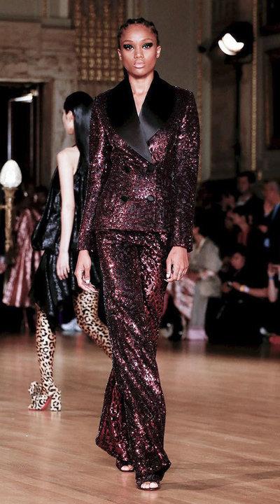 gallery_slider_2_thumb_Fustany-fashion-hijab-fashion-hijab-looks-from-london-fashion-week-2020-34.jpg