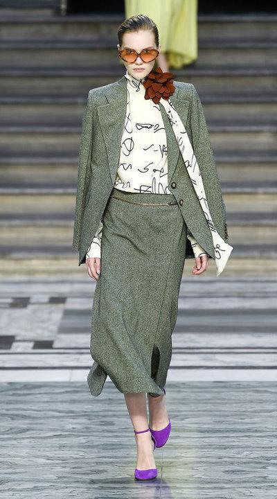 gallery_slider_2_thumb_Fustany-fashion-hijab-fashion-hijab-looks-from-london-fashion-week-2020-60.jpg