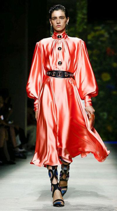 gallery_slider_2_thumb_Fustany-fashion-hijab-fashion-hijab-looks-from-london-fashion-week-2020-81.jpg