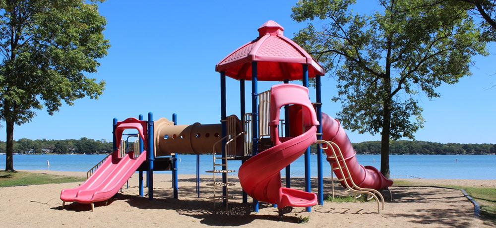 lake-ripley-park-equipment.jpg