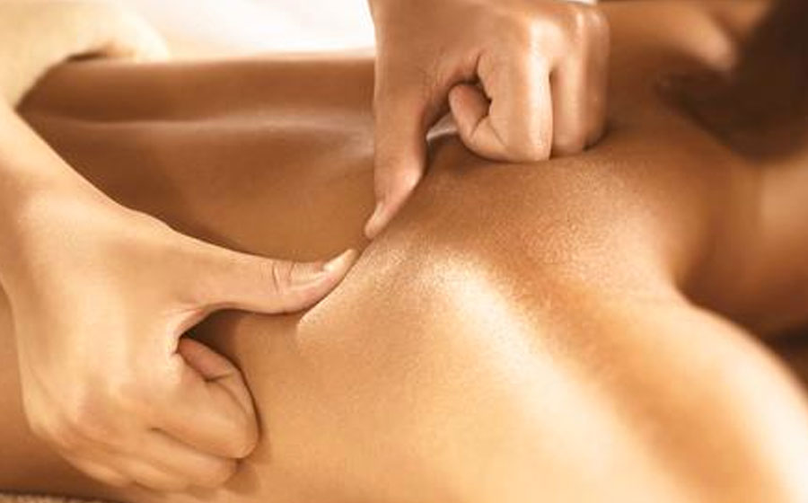 CUSTOMIZED MASSAGE   A relaxing massage that releases tension and stress in the body depending on each individuals needs.