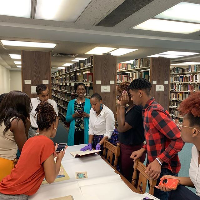 Please join us in welcoming the 2019-2020 Fisk Museum Leadership Program! Our students are from Fisk University, Tuskegee University, the University of Arkansas at Pine Bluff, and Winston Salem State University. Special thanks to Shelley Paine, Fisk Special Collections Librarian DeLisa Minor Harris, and staff from the Frist Art Museum, Tennessee State Museum, and the National Museum of African American Music for speaking with our students during their orientation week! @fisk1866 @tuskegeeuniversity @uapb @wssu1892 @minorharris @fristartmuseum @tnstatemuseum @thenmaam #fiskmlp