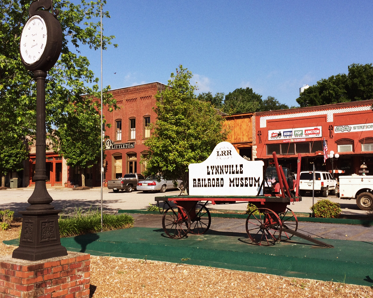 Historic Lynnville, TN - Light Hill Meats Custom Butchery is located just a few miles off of I-65 South at exit 27.