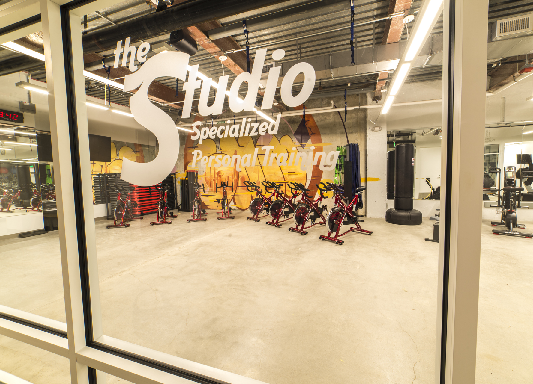 Studio 1 (1).JPG