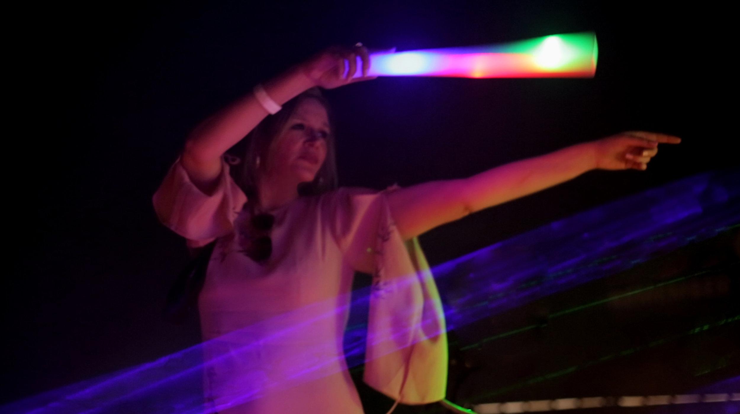 HM1 Glowstick girl.jpg