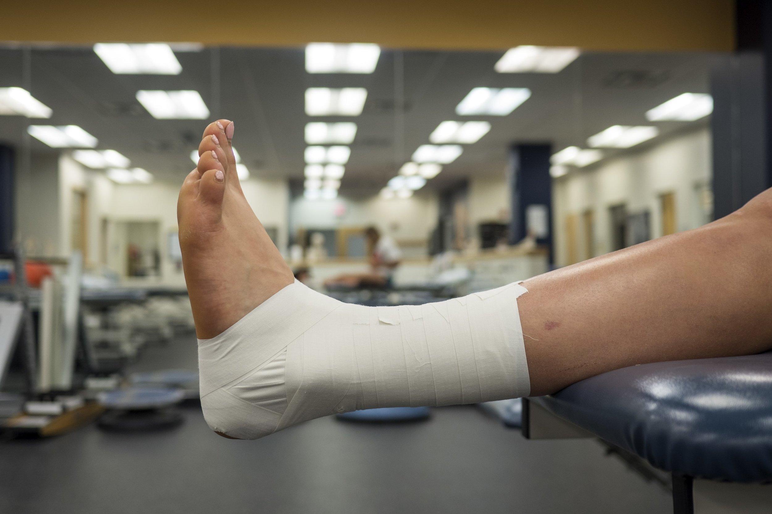 podiatrist shawn echard is a board certified foot surgeon