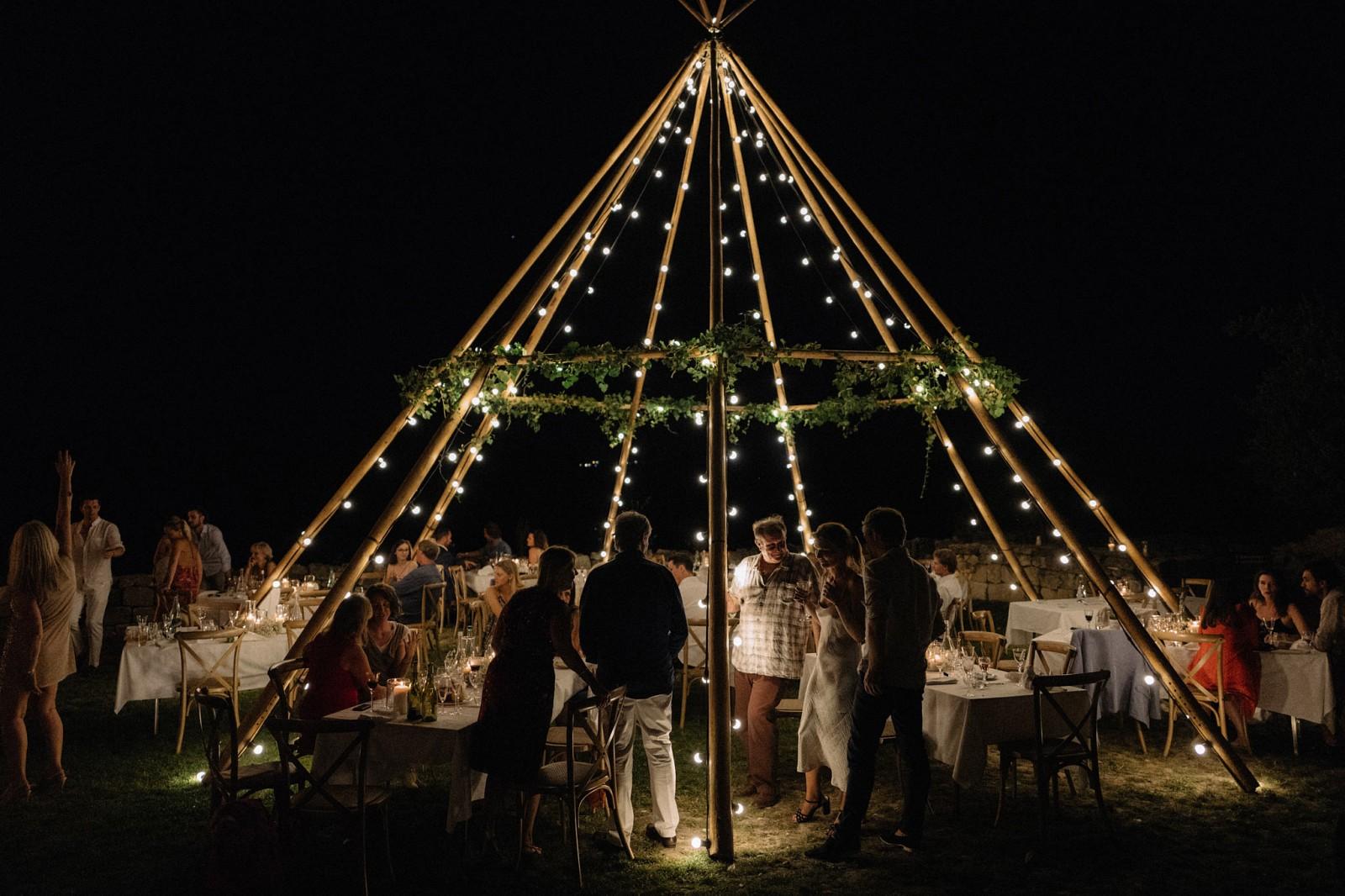 destination-wedding-castelnau-des-fieumarcon-050,xlarge.1506893230.jpg