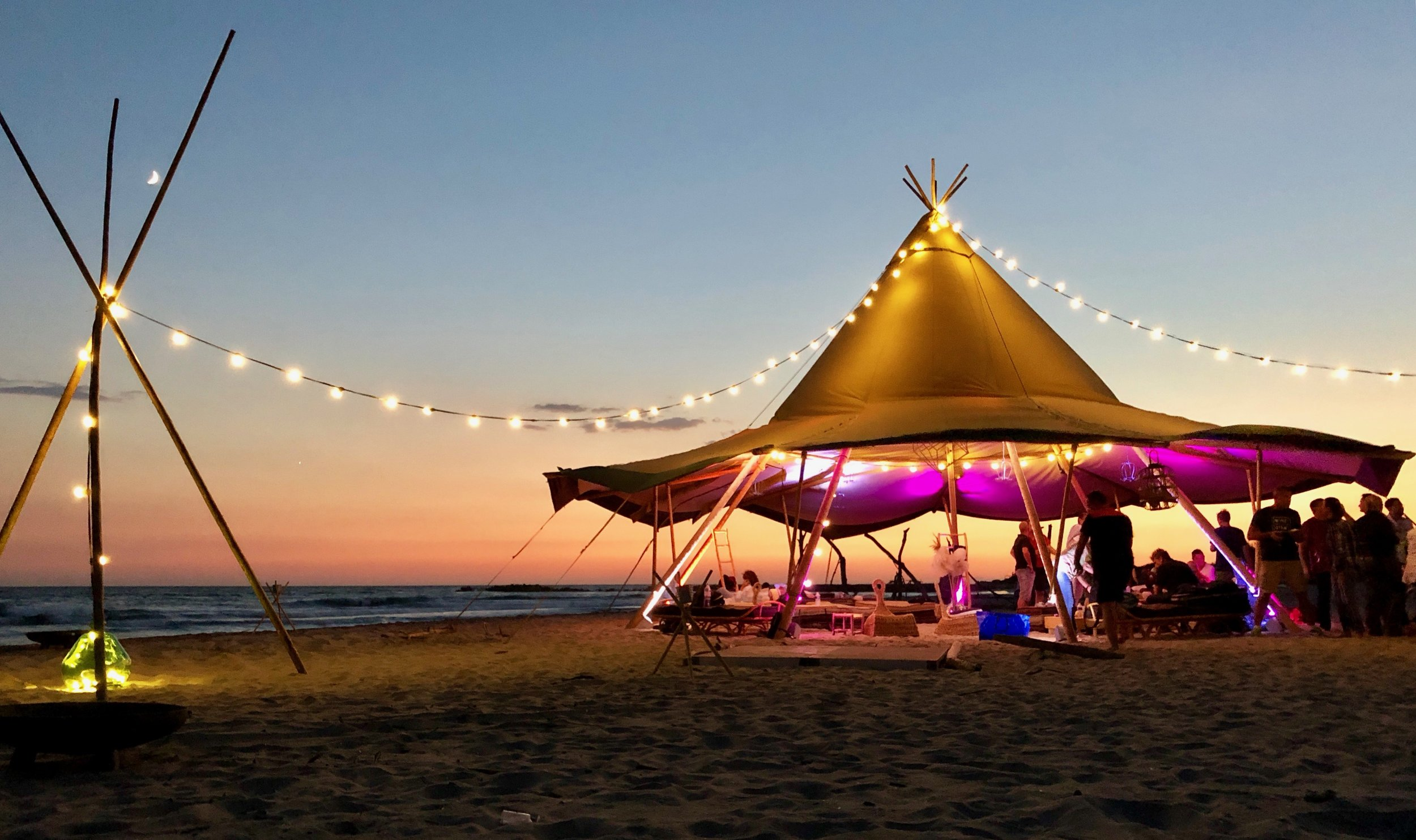 wedding hire , mobilier mariage , camargue wedding  , south of France wedding , provence wedding , luberon wedding , Mediterranean wedding