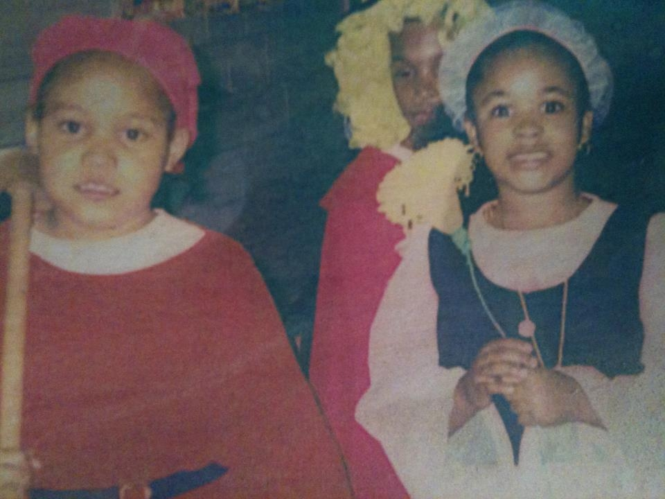 """Sierra (to left), age 6, as sleepy in """"Snow White and The Seven Dwarfs."""" -"""