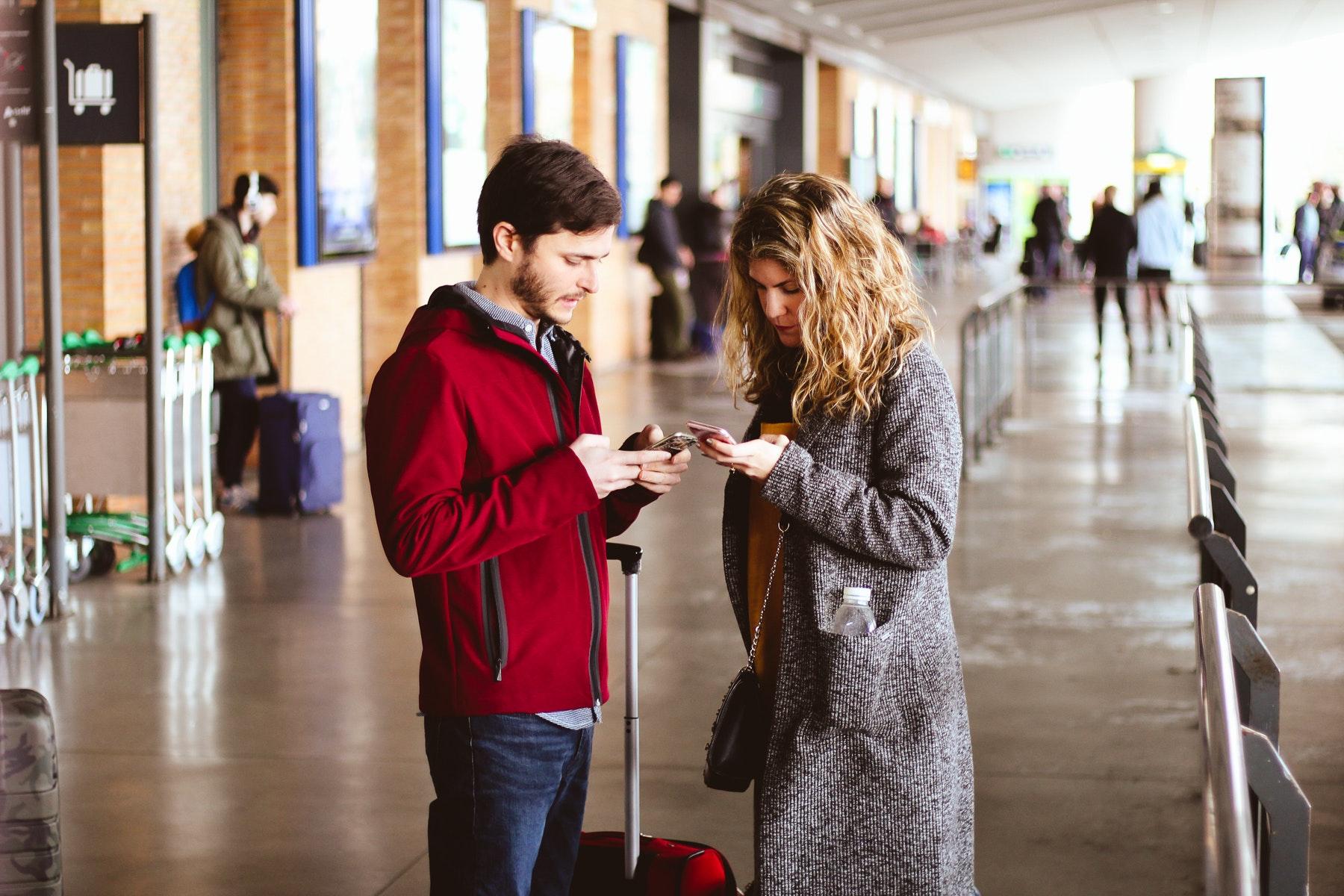 adult-airport-apparel-993607.jpg