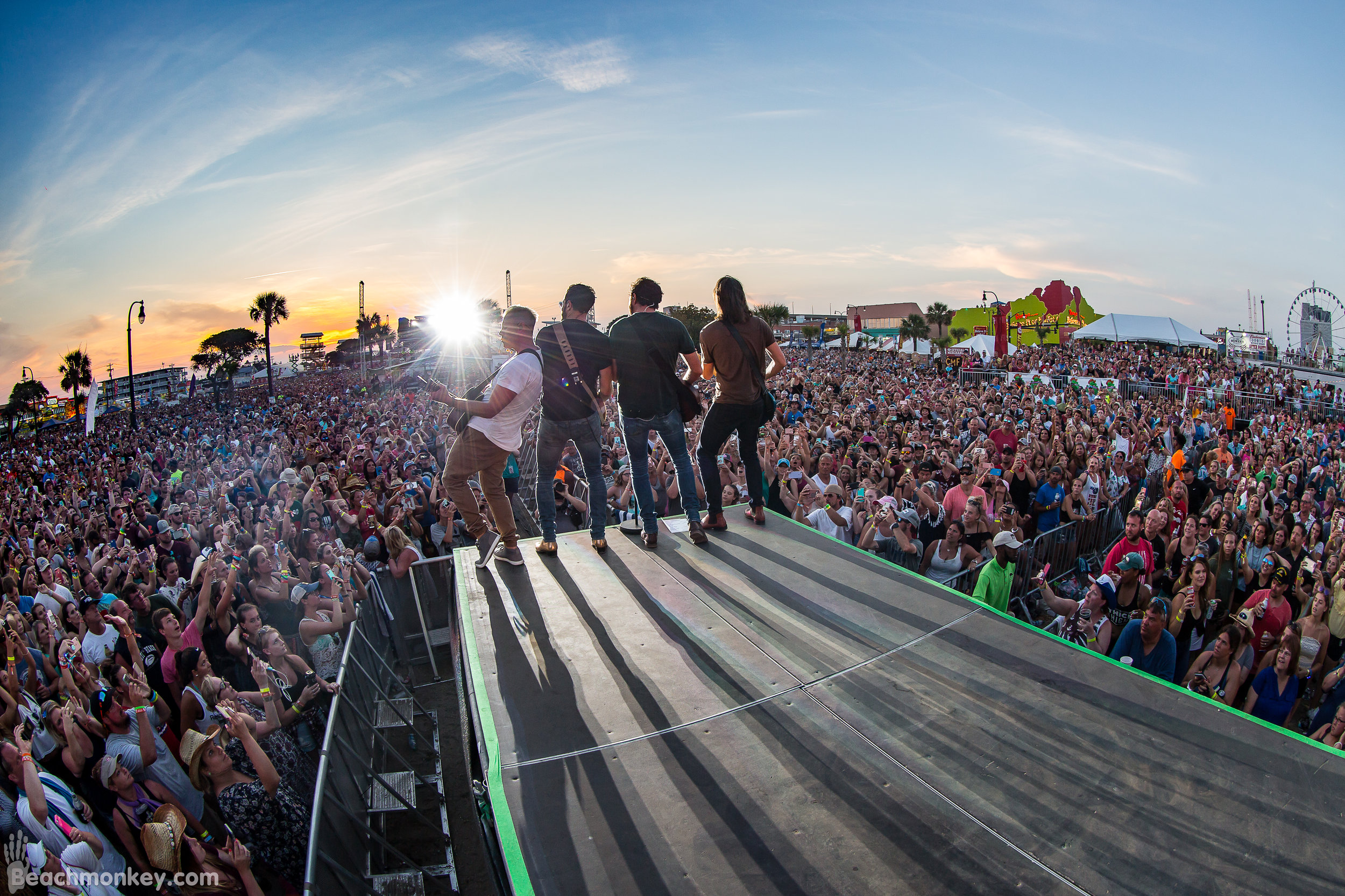 Old Dominion at the 2018 CCMF.