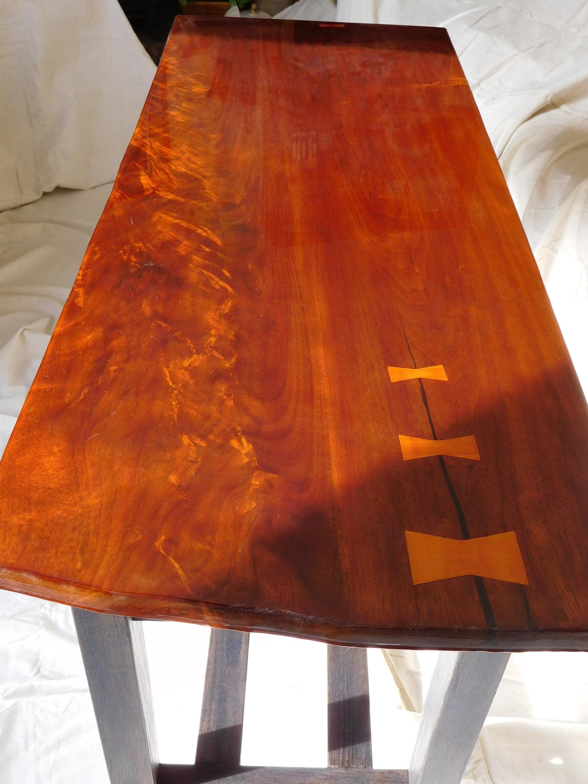 Walnut Plank grain detail