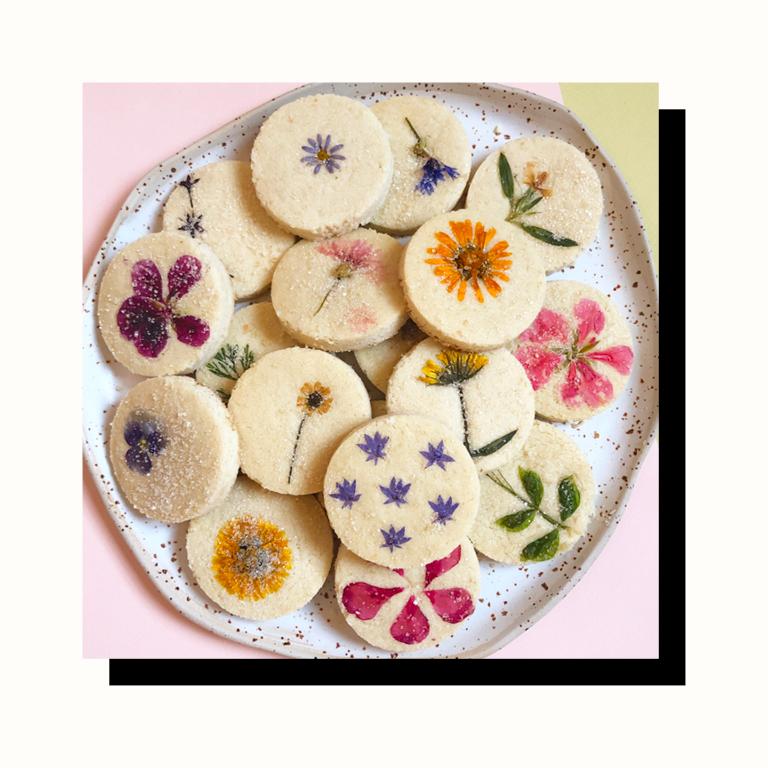 flower cookies.png