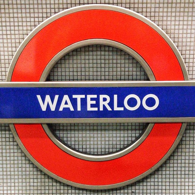 """Millions of people swarming like flies 'round Waterloo underground..."" 🎶 The Kinks - 'Waterloo Sunset' . . .  Hundreds of songs have been written about #London 🇬🇧 which one is your favourite? #TheKinks #WaterlooSunset"