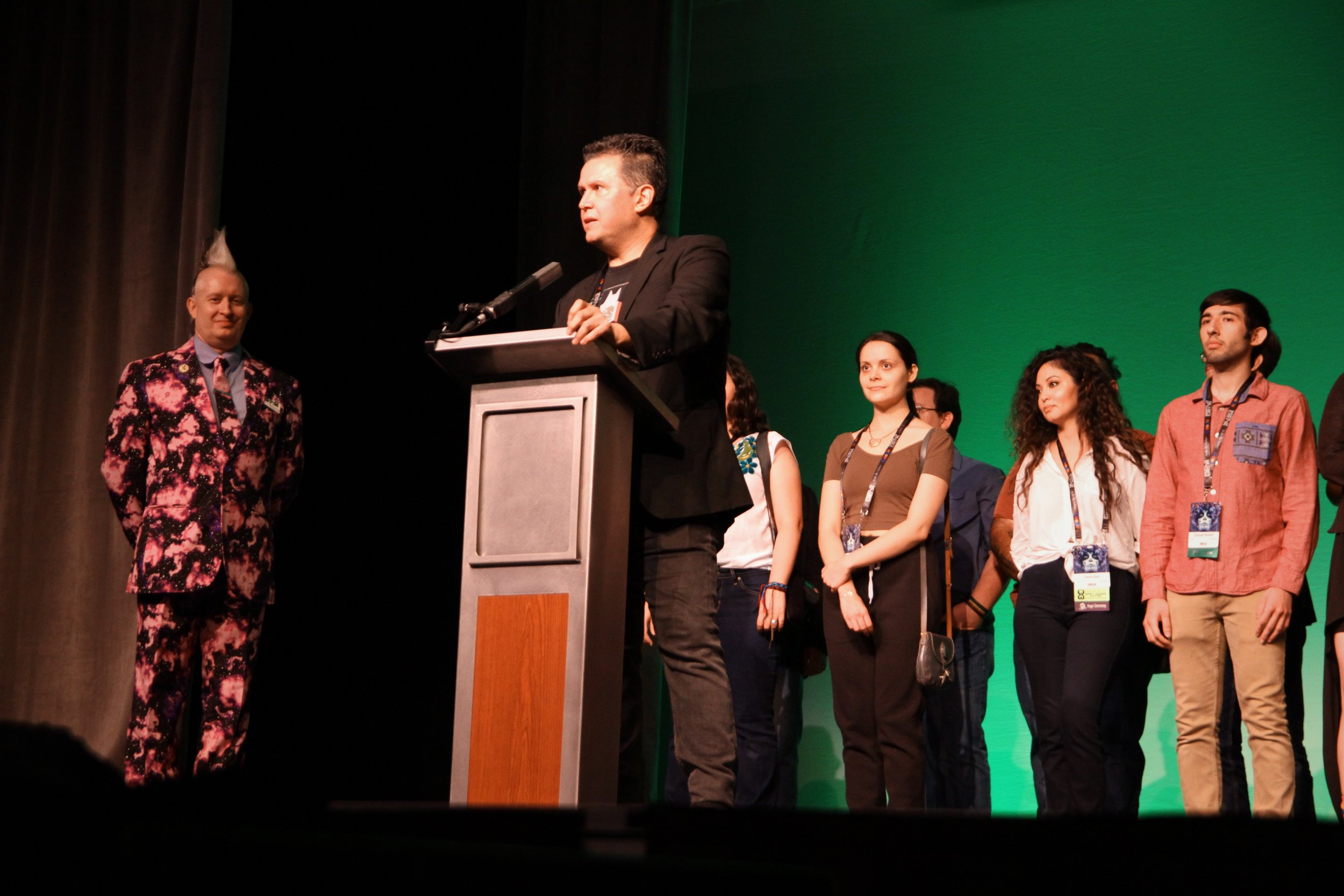 John Picacio speaking at the opening ceremonies of WorldCon 76 (Copyright 2018 Richard Canfield