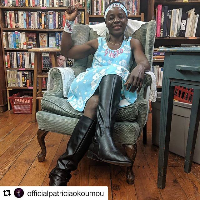 Look for our episode featuring @officialpatriciaokoumou - coming soon! . #Repost @officialpatriciaokoumou (@get_repost) ・・・ The one luckiest little angel(s) yearning for a bright future to save future generations💚. Photo Credit: @tempesttossedpodcast. . #shero #statueofliberty #ladyliberty #shepersisted #resist #familiesbelongtogether #patriciaokoumou #immigration #immigrantsarewelcomehere #refugees #humanrights #podcast #tempesttossed #tempesttossedpodcast @doubles.at.tiffanys