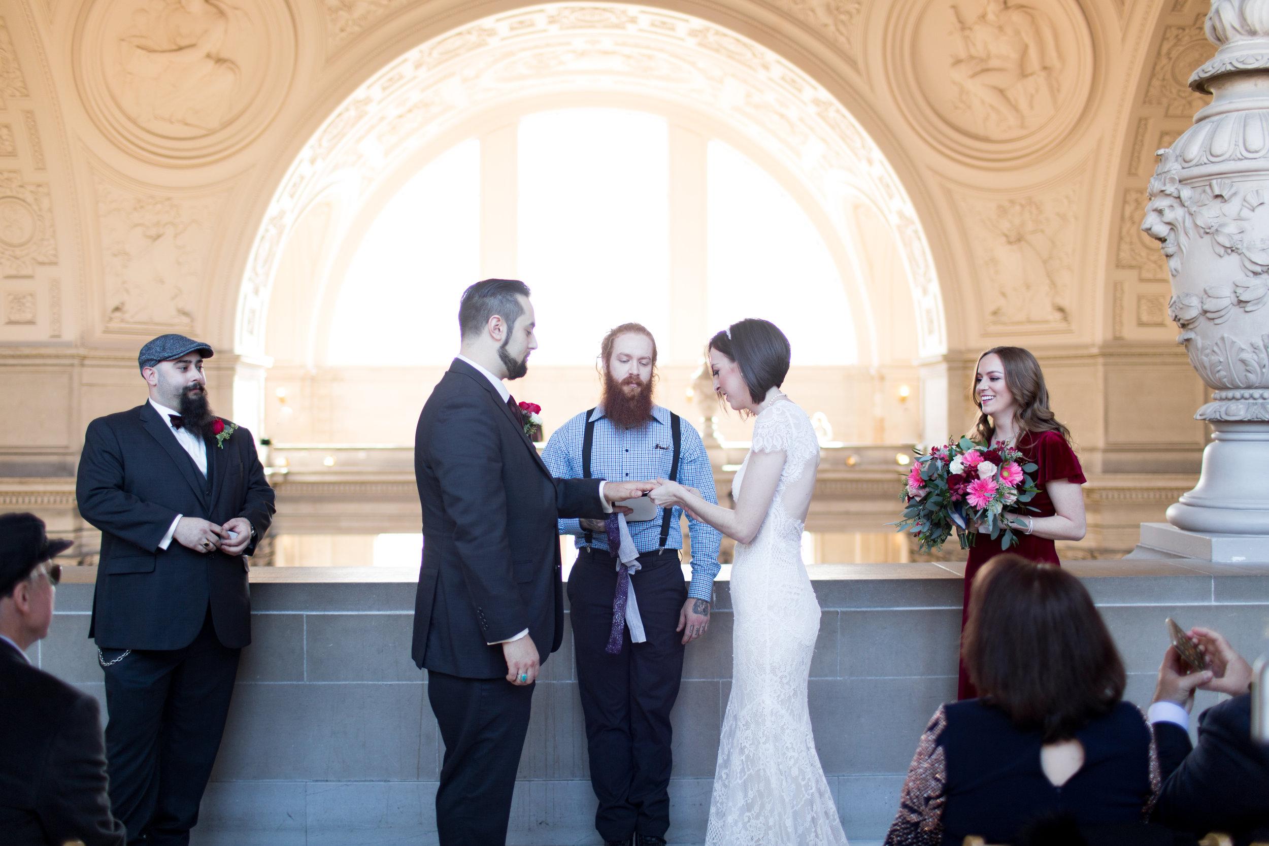 Renee&Jake_WeddingPreviews-003.jpg
