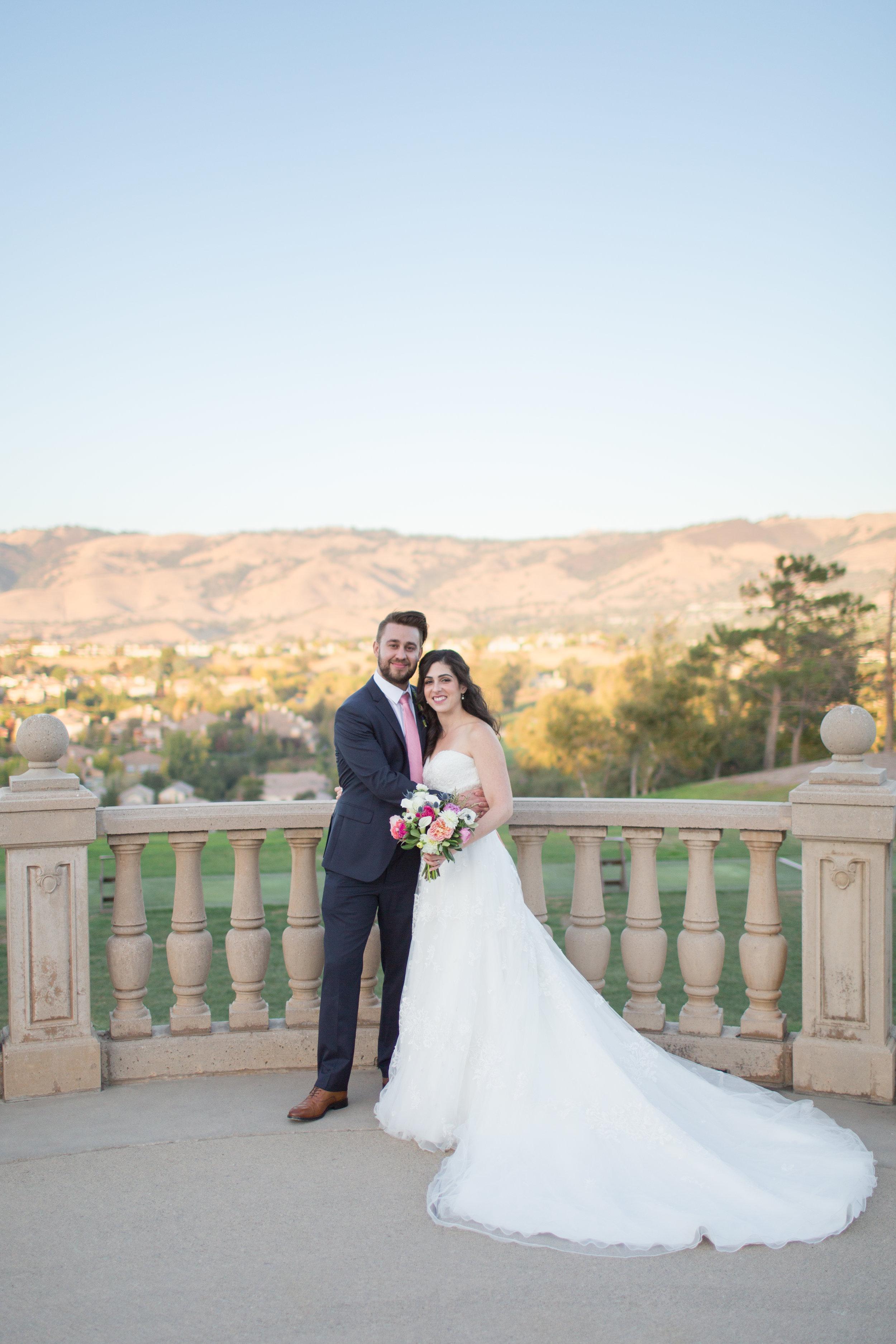 Dana&Mike_WeddingPreviews-020.jpg