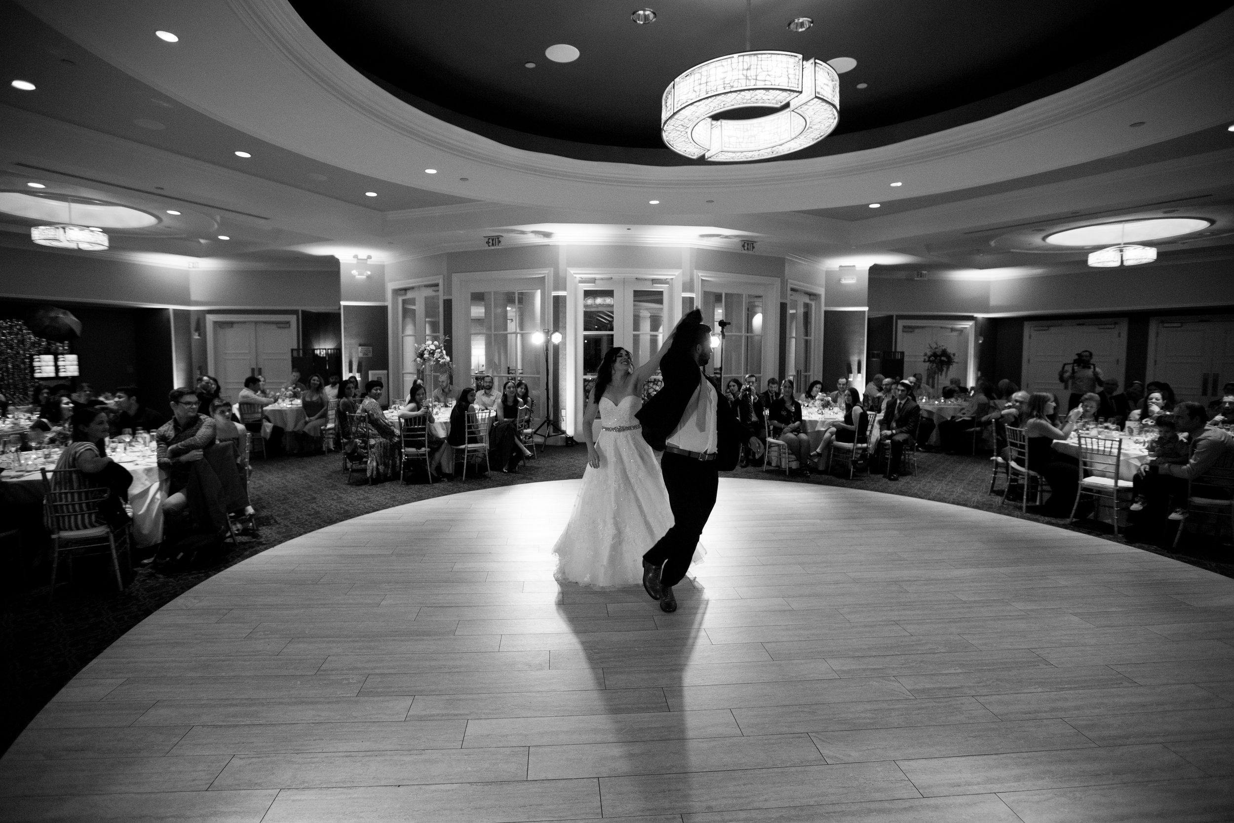 Dana&Mike_WeddingPreviews-022.jpg