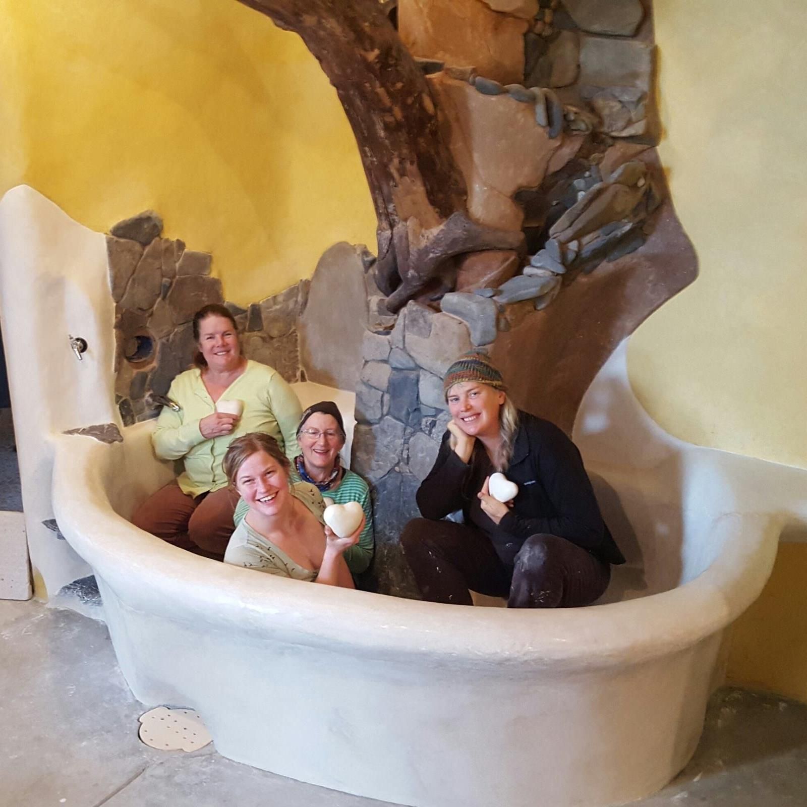 Tadelakt Birthing Tub