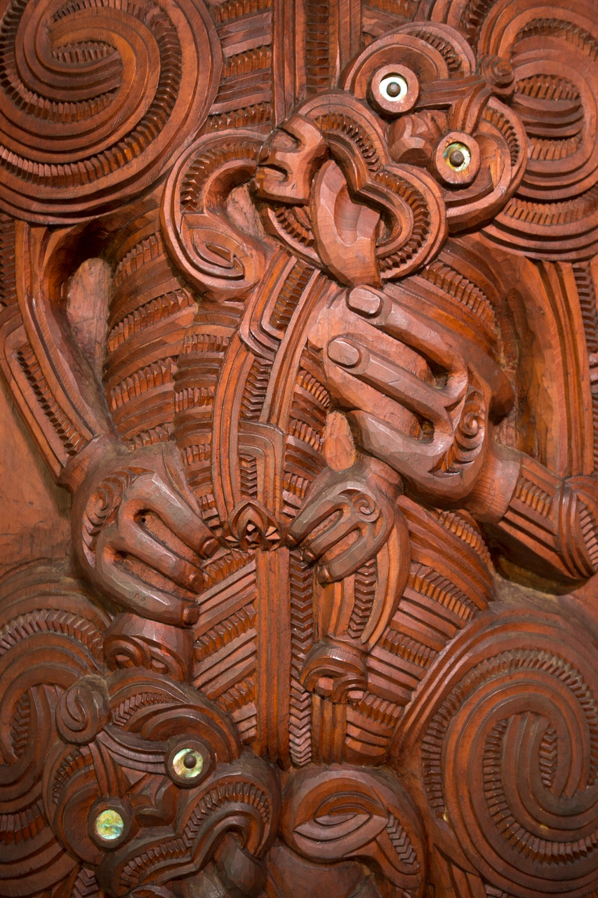 Waitangi Treaty Grounds Meeting House carvings (credit David Kirkland).jpg