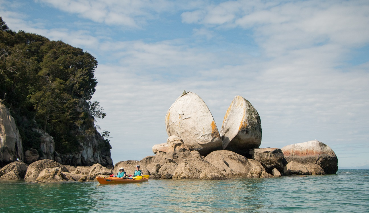 Kayakers at Split Apple Rock.jpg