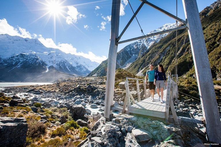 AT50-Hooker-Valley-Mount-Cook-National-Park-Canterbury-Miles-Holden.jpg