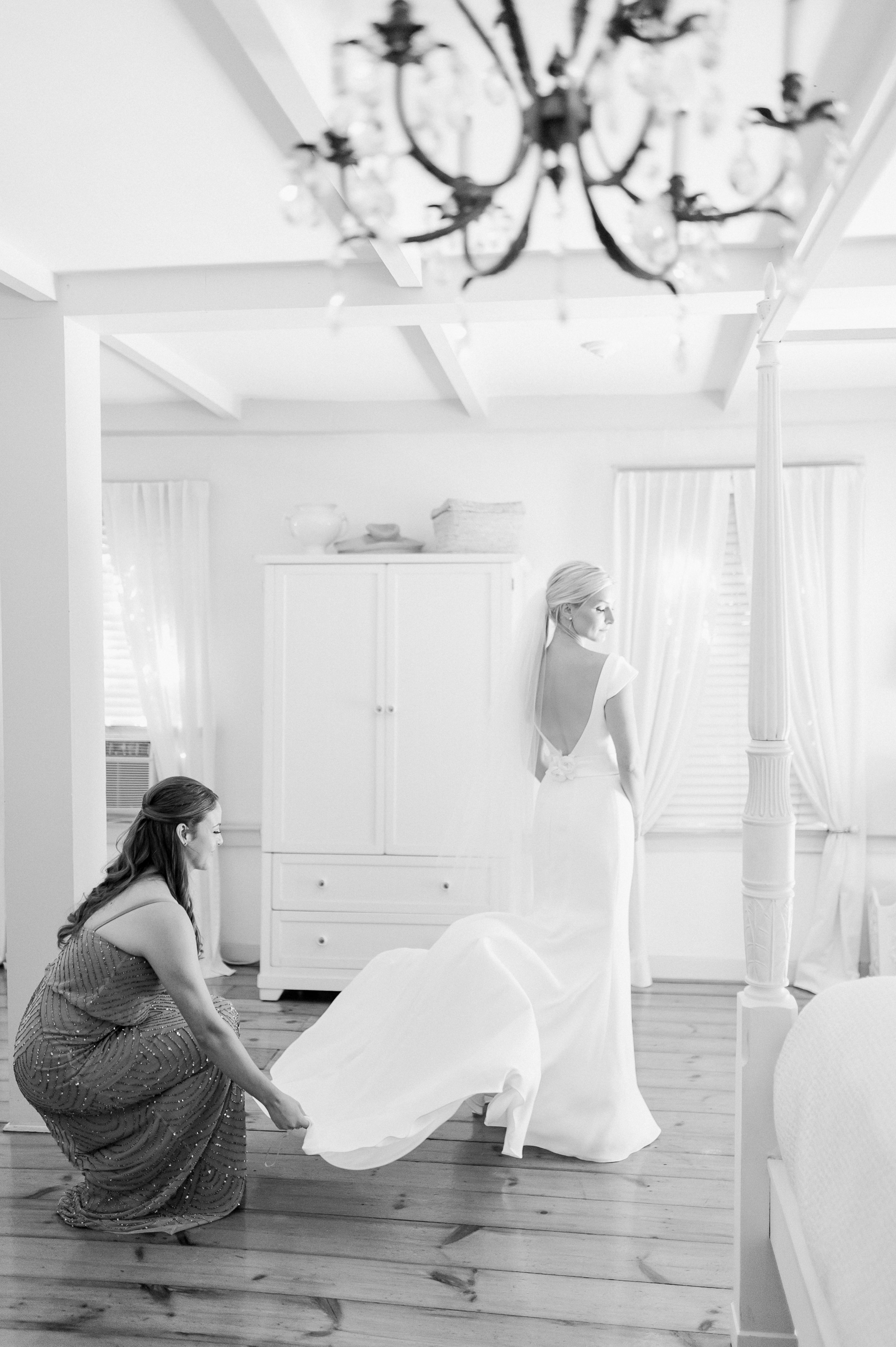 lord thompson manor cottage house bridal getting ready.JPG