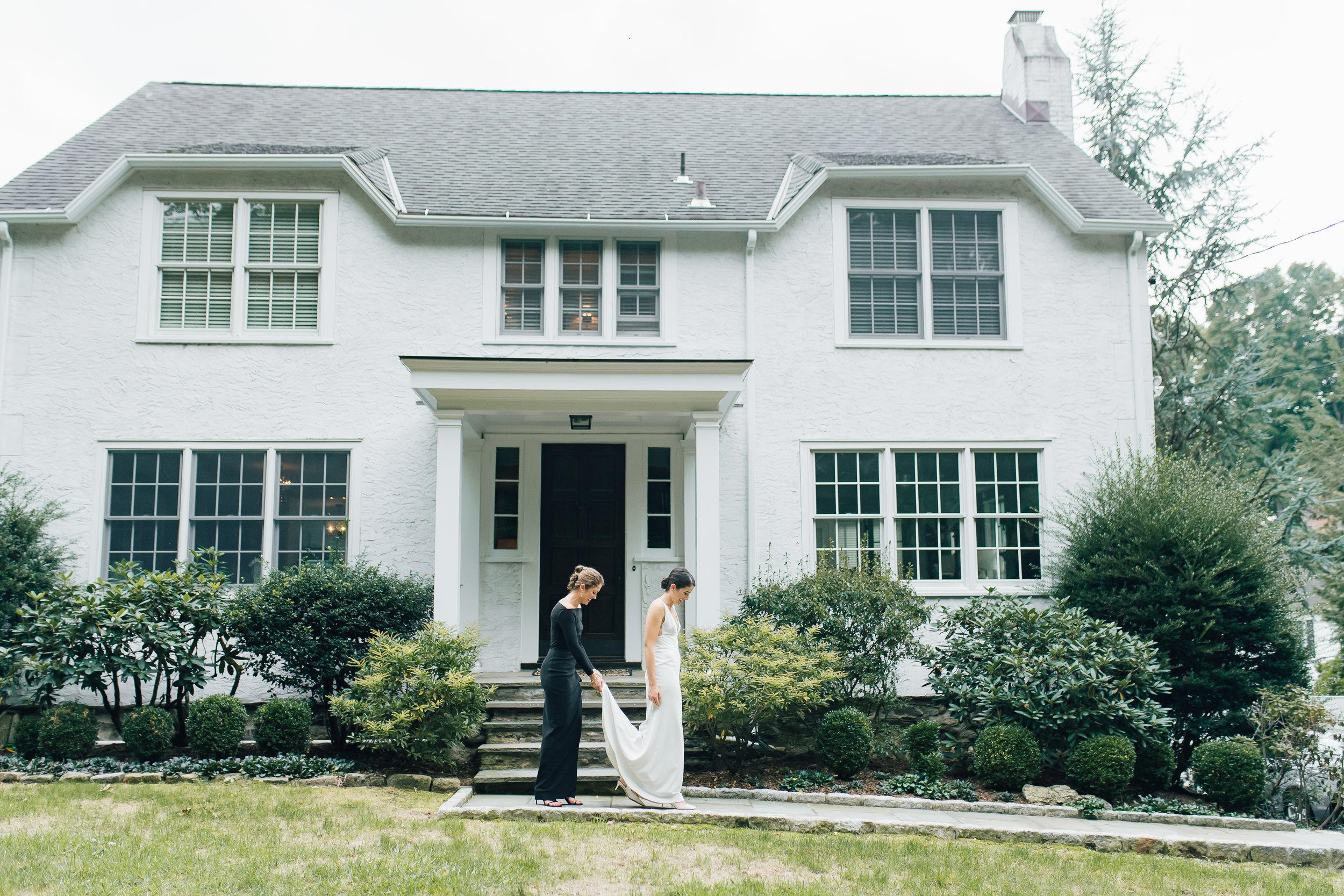 bride at home westport_blue hill wedding_stone barn wedding NY