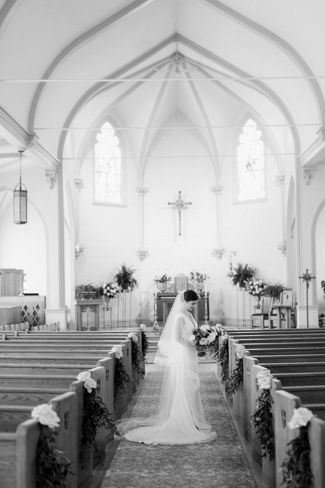 branford house wedding_ct wedding photographer_ct wedding-25_Easy-Resize.com copy.jpg