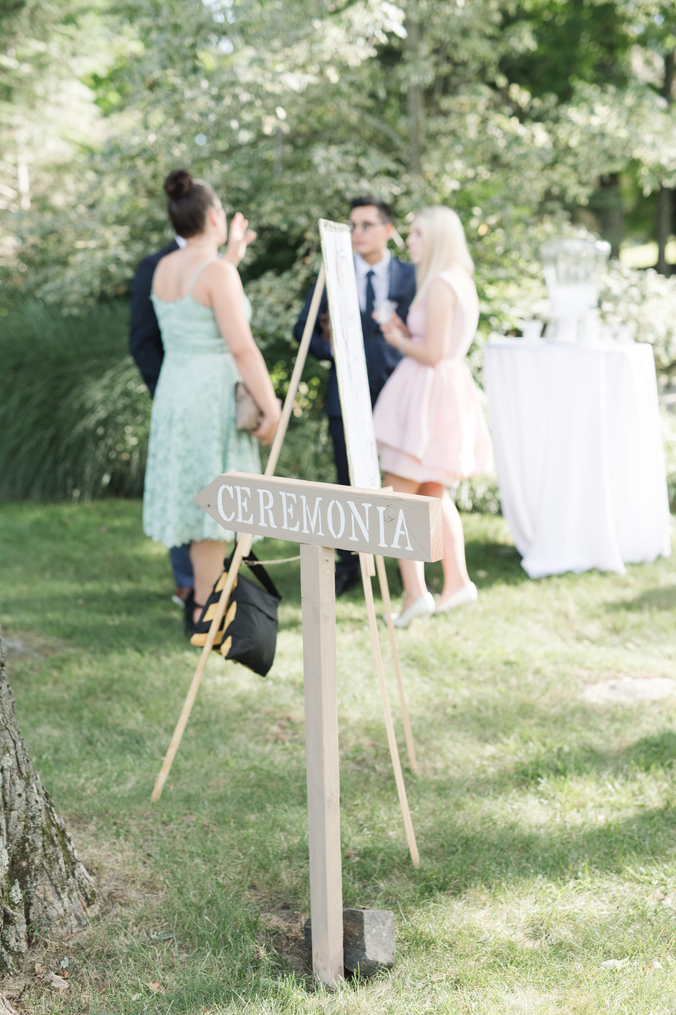 private estate wedding_ct wedding photographer_backyard wedding NY-16.jpg