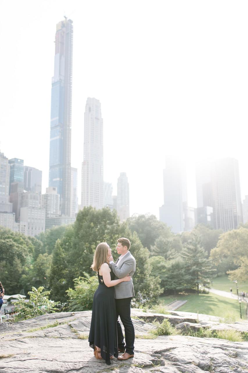 central park engagement photos_ct wedding photographer-4.jpg