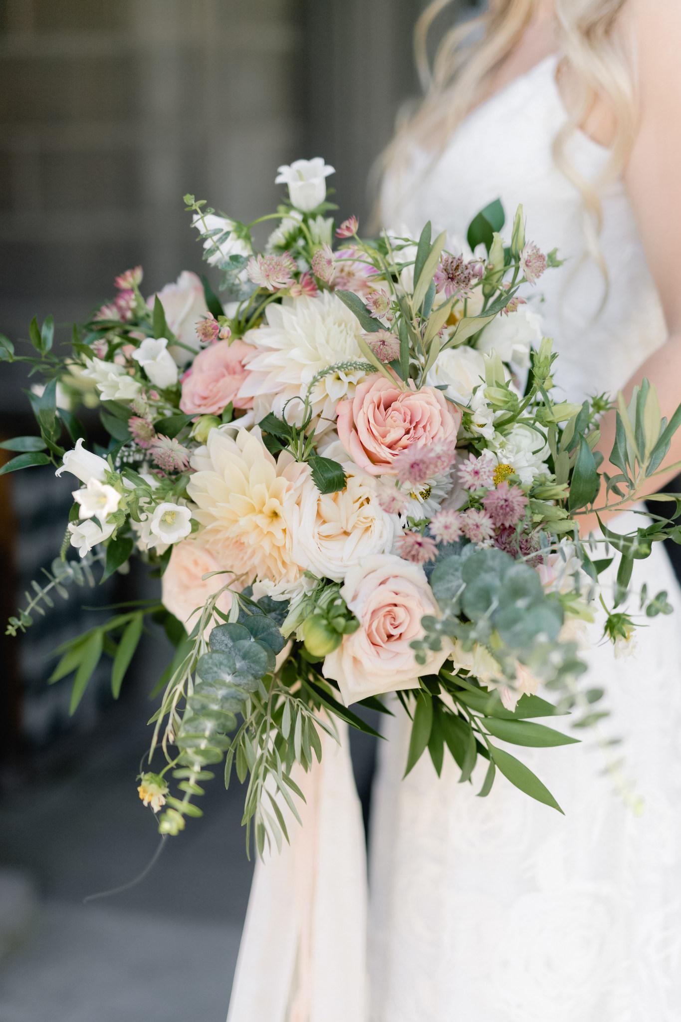 wedding bouquet_ct wedding_ct wedding photographer-1.jpg