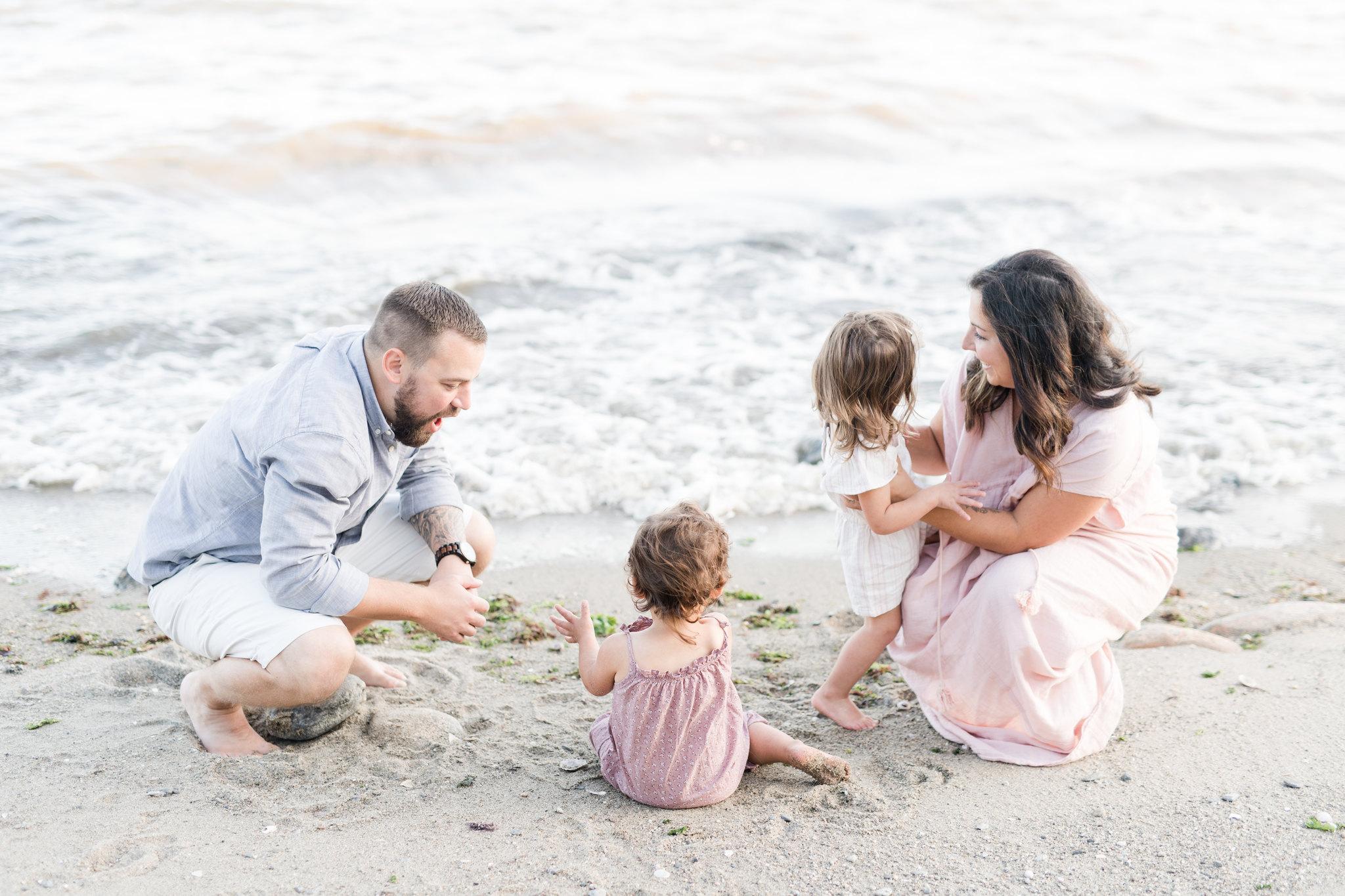 CT family photographer_CT beach photos_family photographer fairfield county-1.jpg
