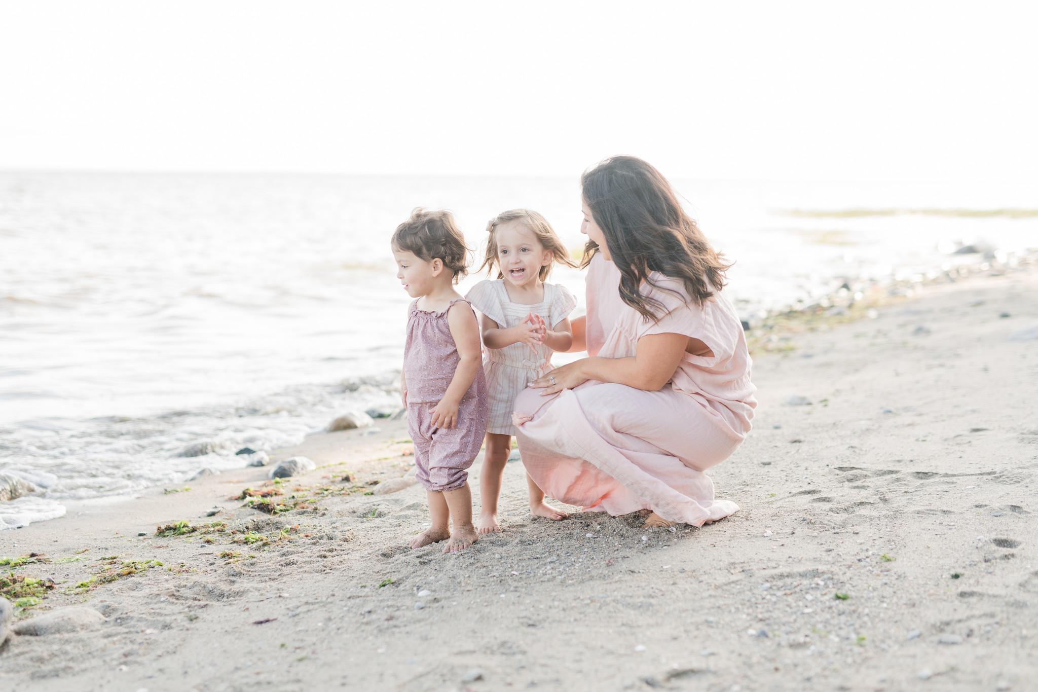 CT family photographer_CT beach photos_family photographer fairfield county-2.jpg