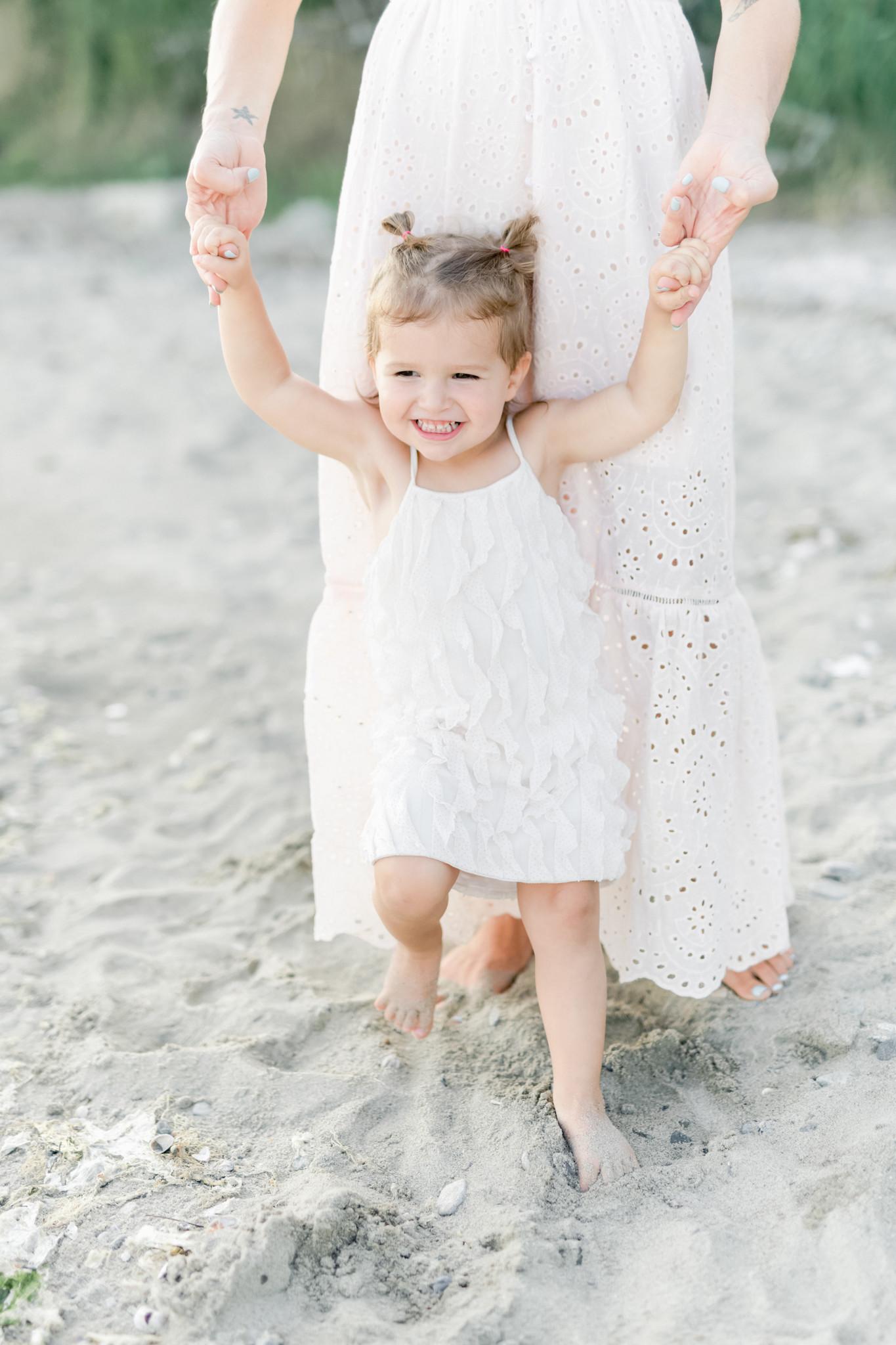 CT family photographer_CT beach photos_family photographer fairfield county-13.jpg