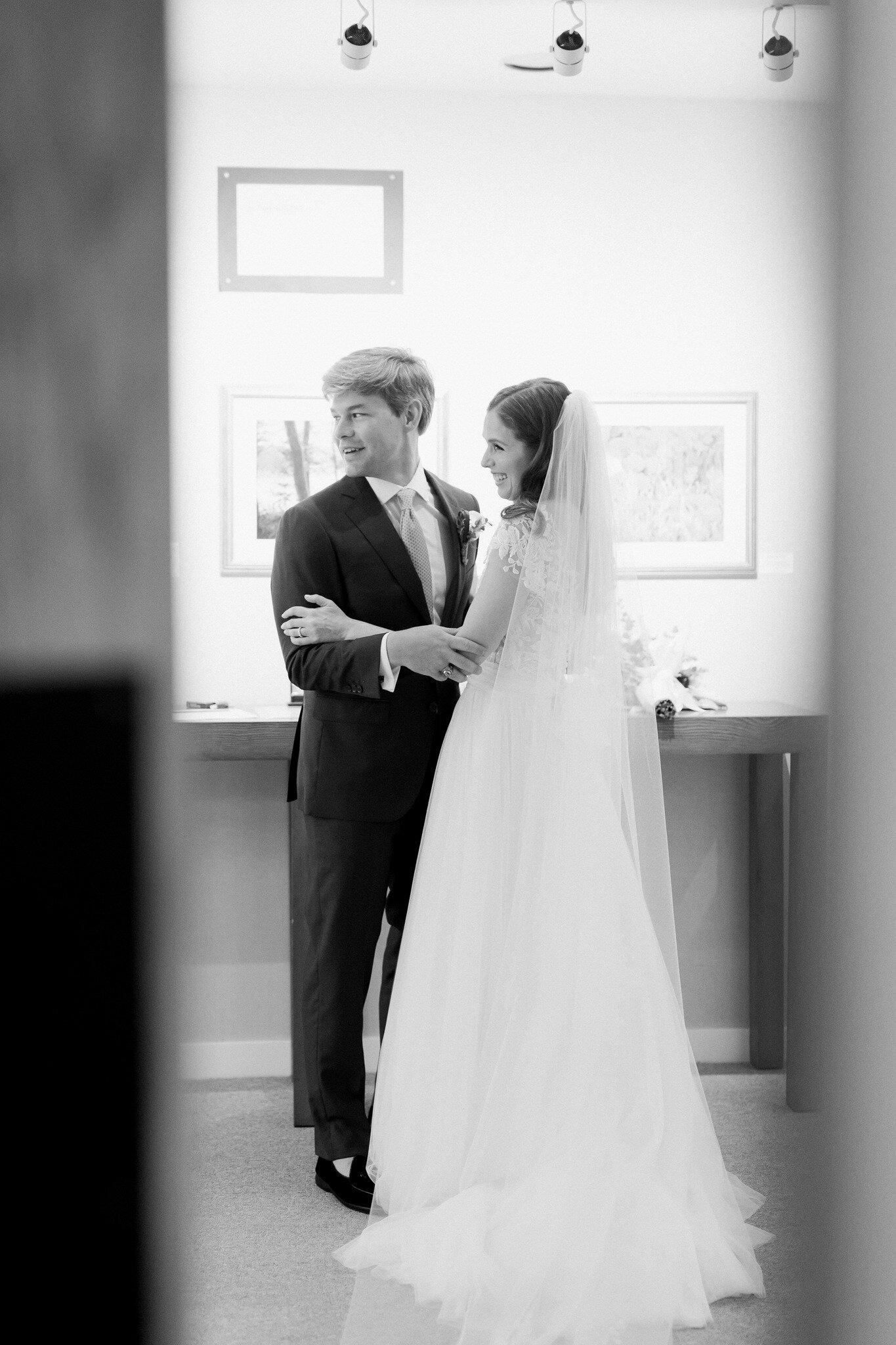 greenwich wedding_belle haven club wedding _ct wedding photographer-27_Easy-Resize.com.jpg