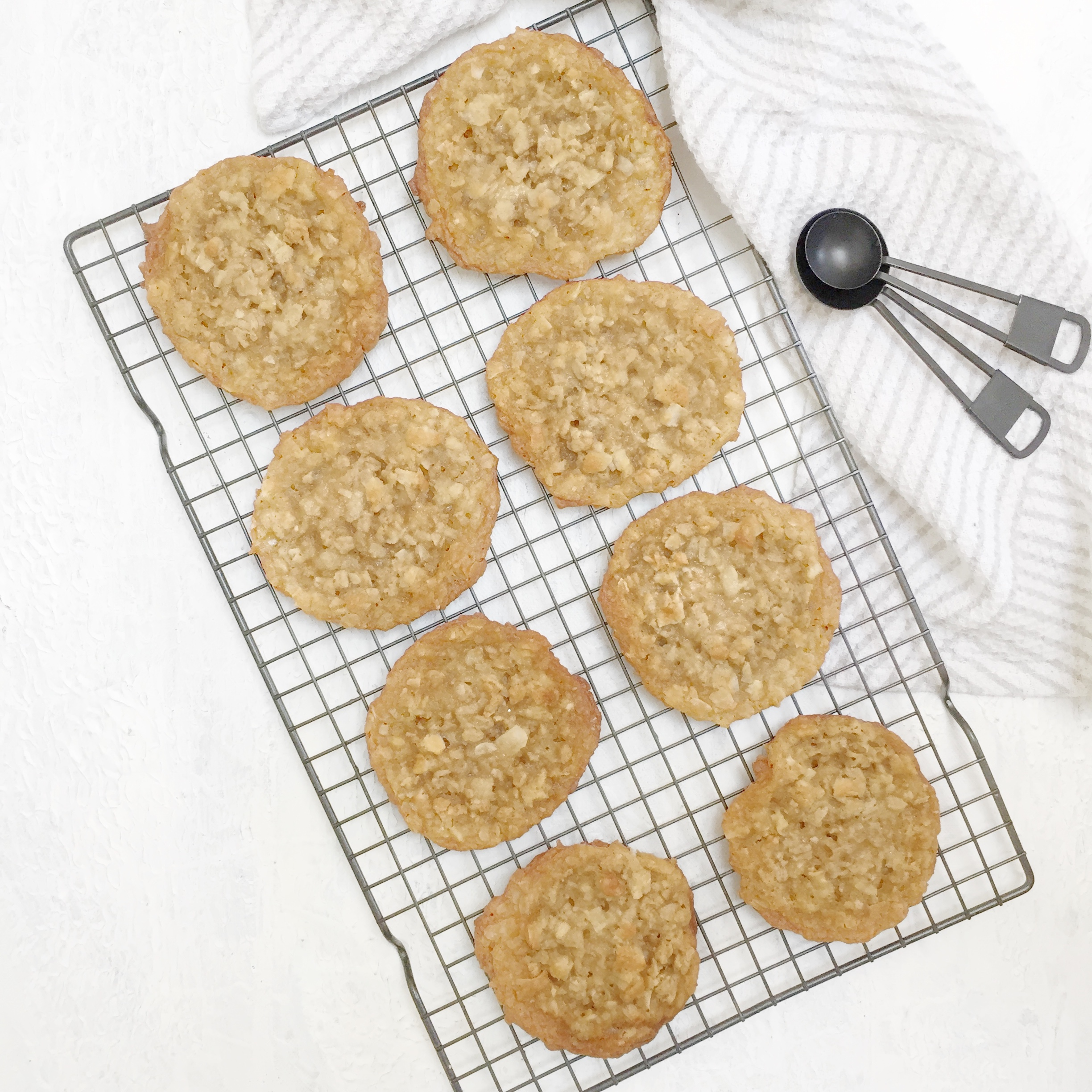 - prep time 15 minutescook time 10 minutestotal time 45 minutesservings 24 cookies