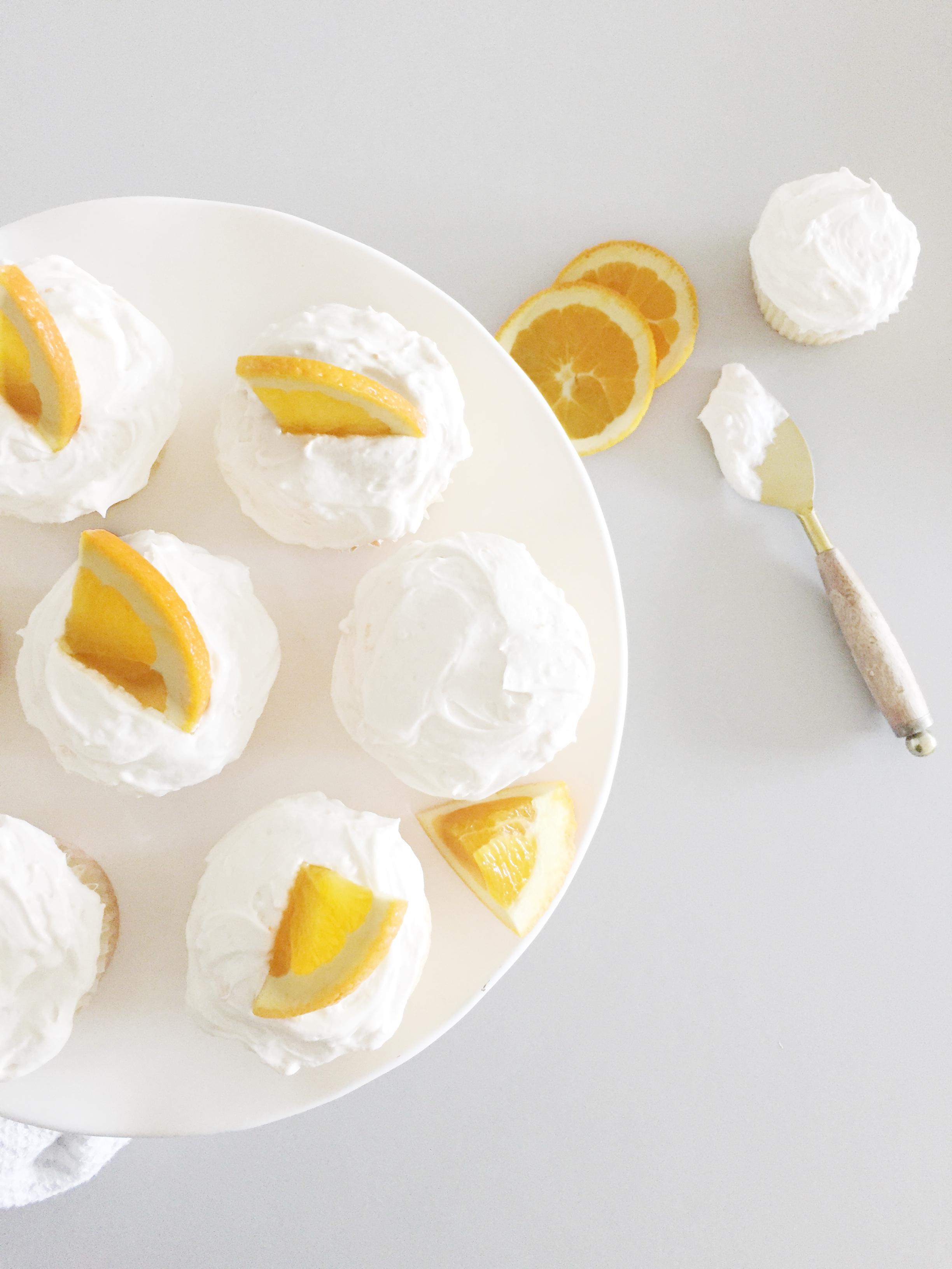 mimosacupcakes.jpeg