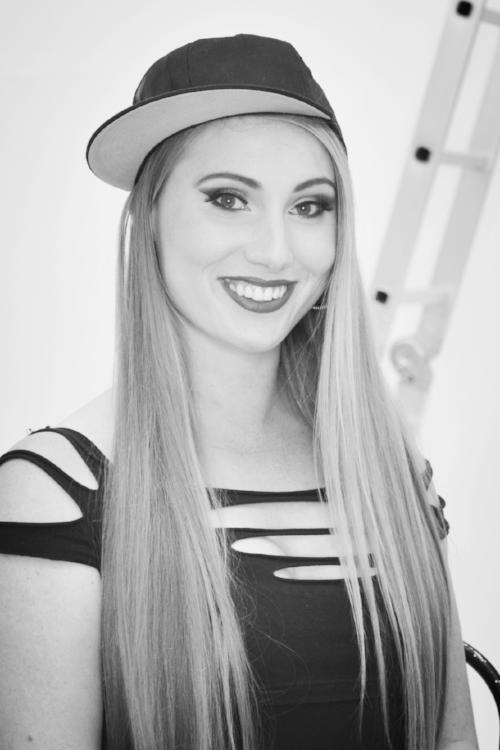 Miss Katie - Dance