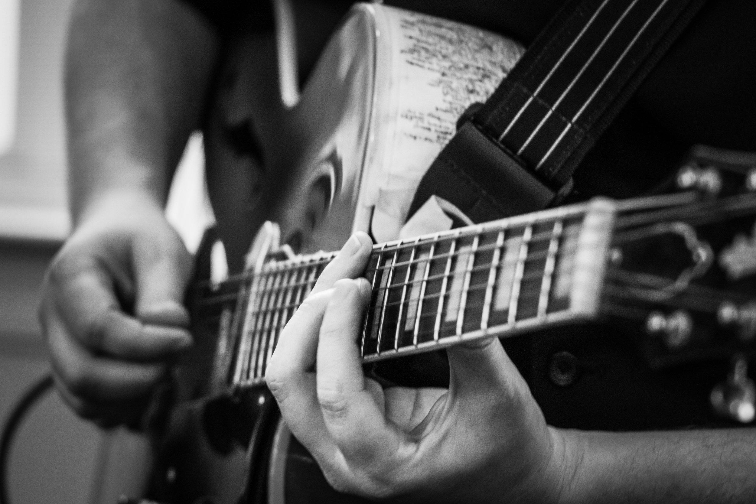 Guitarist - Daniel DeLorenzo