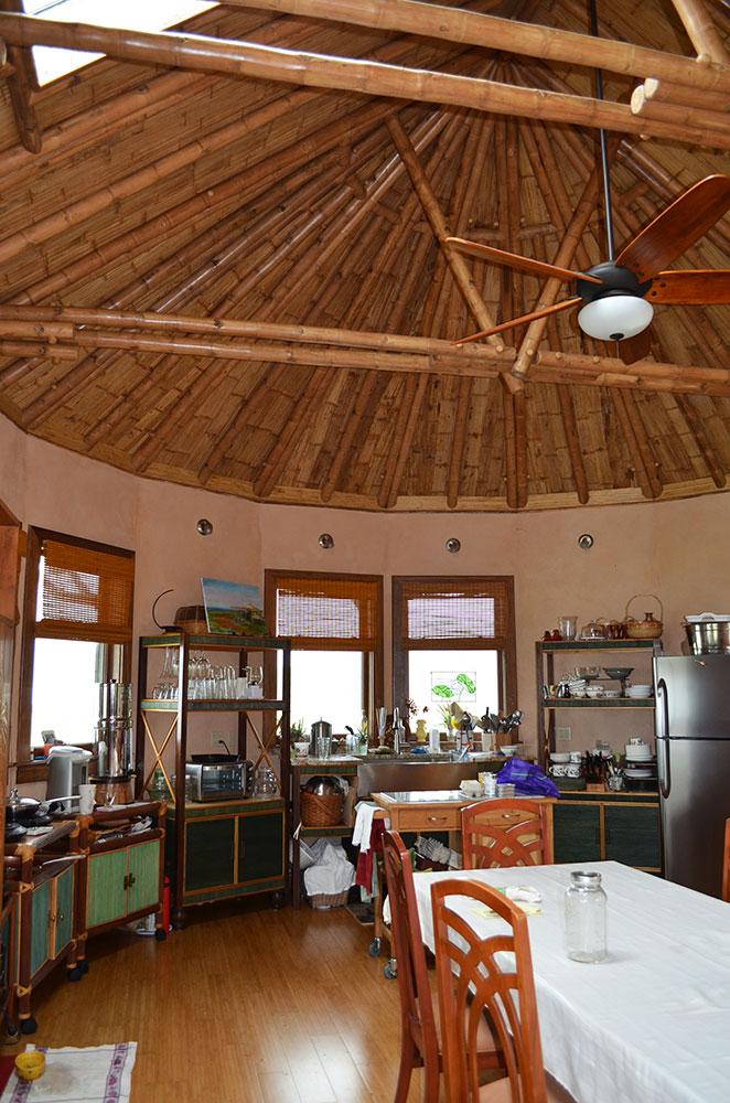 kitchen-vert.jpg