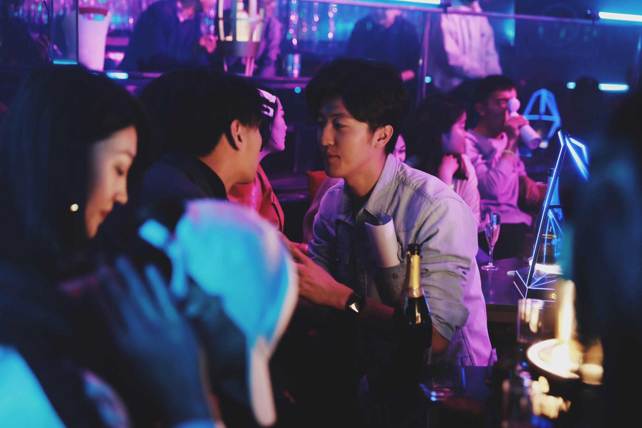 Yulin Yang Directing on set in China