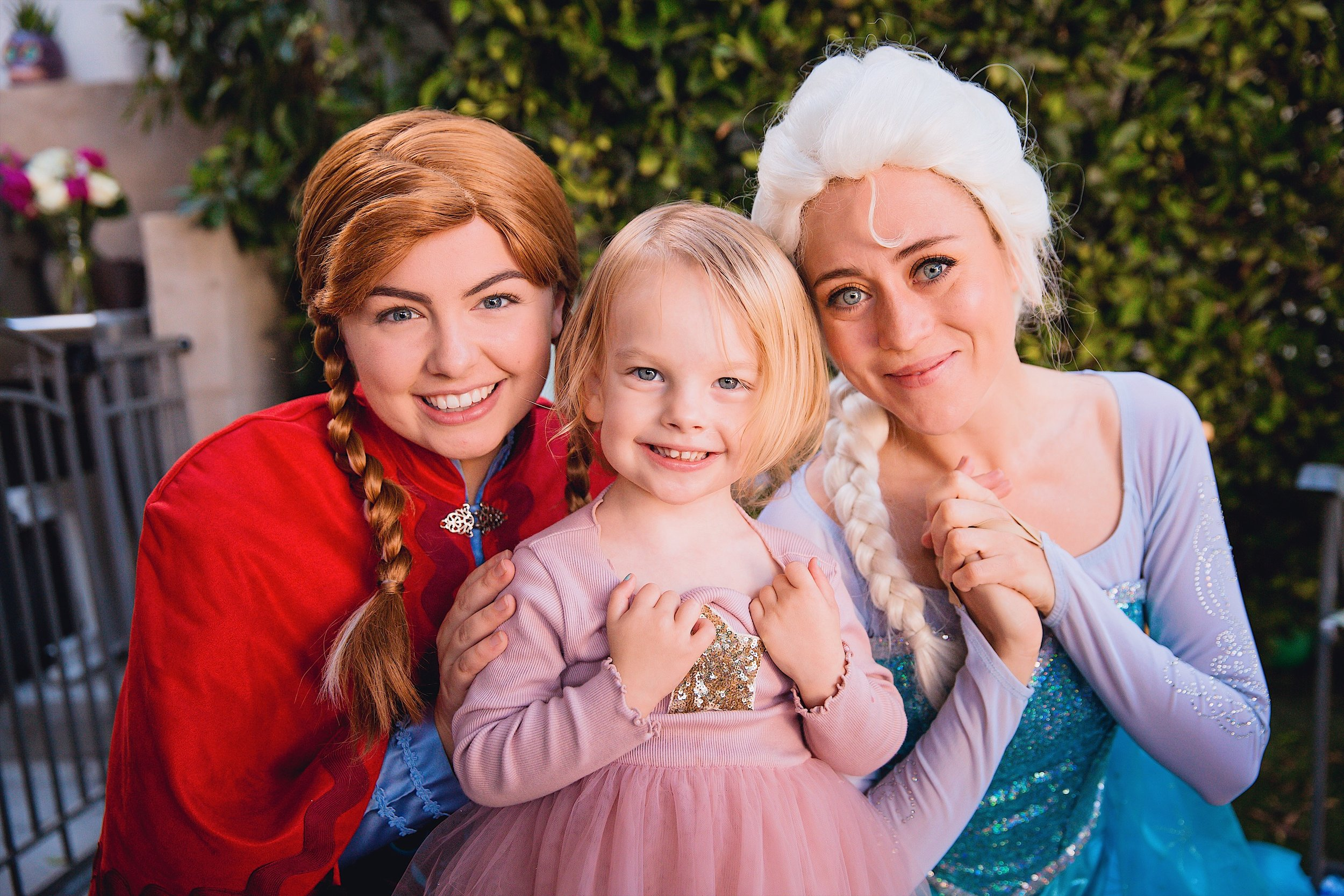 anna and elsa and jemma frozen birthday party