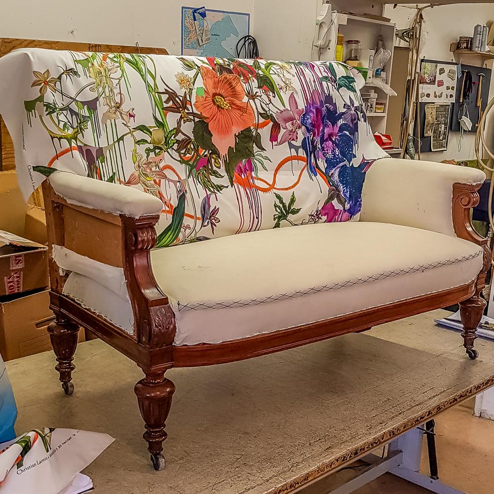 blommig_soffa_2.jpg
