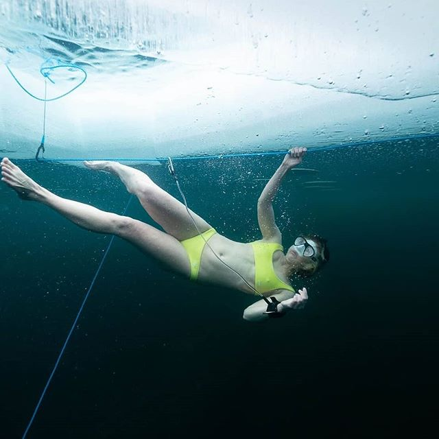 *New to the blog* - Meet Mona @ice.maid. She's an ice diver from Germany who's taking cold water swimming to the extreme. Having struggled with eczema, asthma and other allergies throughout her life, she decided to take things into her own hands. Embracing the the @iceman_hof method, she dived beneath the ice and took her body back into her own hands. Read more about her journey on our blog (LINK IN BIO ☝️) #ColdWaterWomenSeries. Beautiful images from @nannakreutzmann and @patriciakuehfuss 📸 #IceDiving #ColdWaterWomen #ColdWaterSwimming #WimHofMethod
