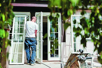 I samarbete med Ekstrands Fönster & Dörrar kan vi erbjuda ett helt kostnadsfritt hembesök till Villa Aktuellts läsare.  Läs mer h  är.