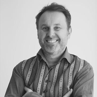 Jean-Christophe Lardinois - Ne fait pas son âge, c'est l'ami des vedettes , des entrepreneurs culturels et créatifs (Fr., Angl.).jc.lardinois@odity.legal